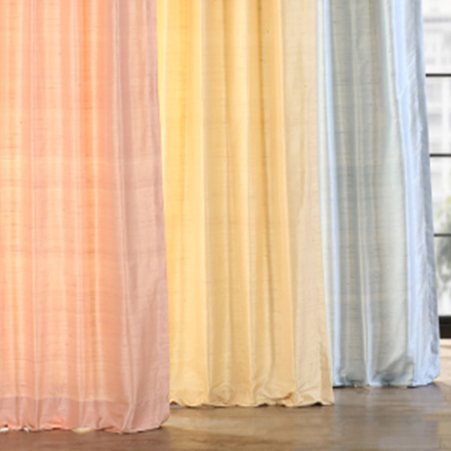Get The Very Best Quality With The Classic Beauty Of Our Textured Dupioni Silk Curtains Design In Bold Modern In 2020 Silk Curtains Dupioni Silk Curtain Design Modern