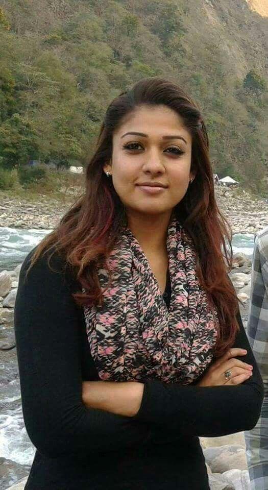 vanessa-hudgens-nayanthara-in-sexy-teens-pics