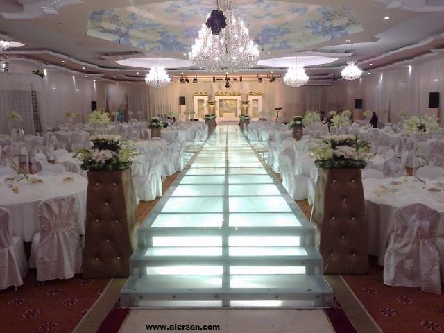 ارقى خدمات القاعات فى السعودية تأجير قاعات الافراح فى المدينة Table Decorations Decor Hall