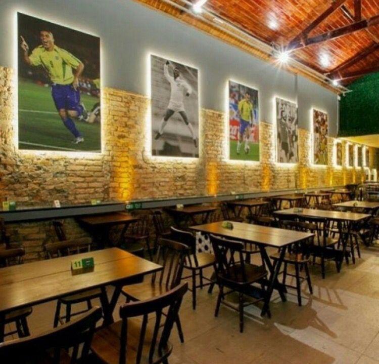 Bar Futebol Com Imagens Estilos De Bar Iluminacao De Bar
