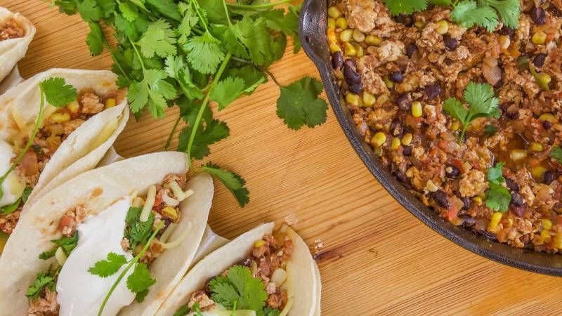 Anne Burrells 10 Minute Skillet Chicken Tacos Mexican Spanish