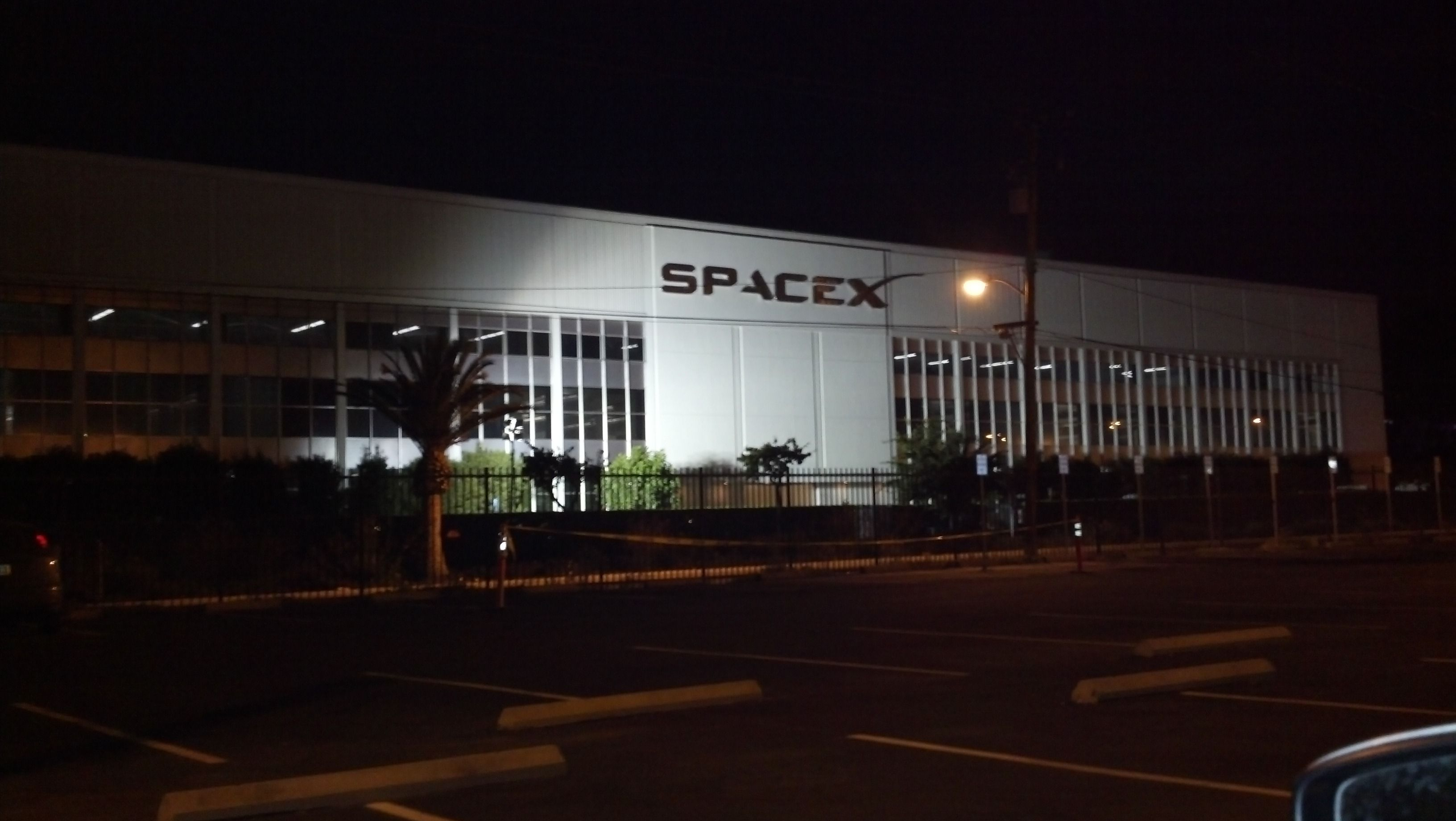 SpaceX Hawthorne Facility (page 3) - Pics about space