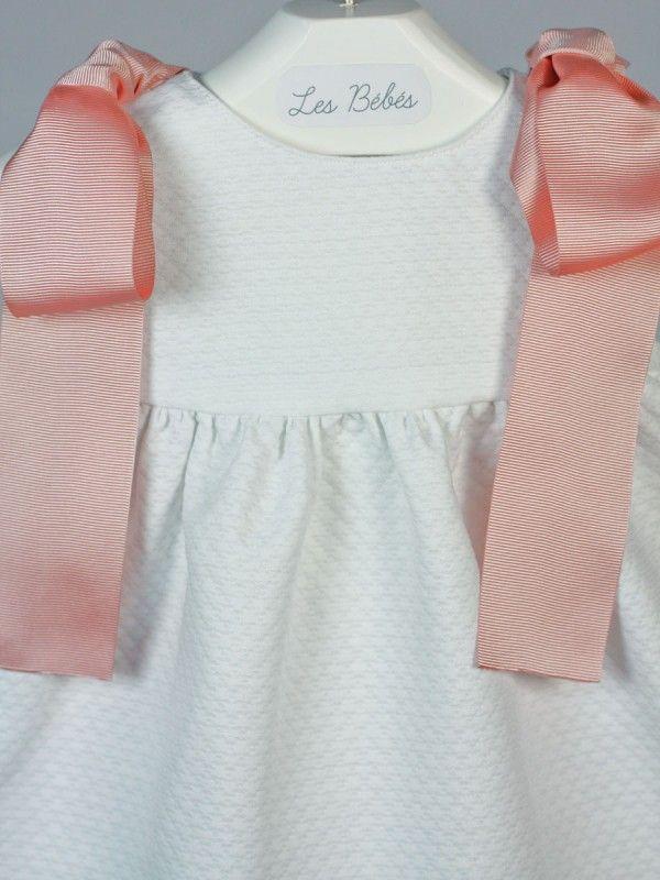 38c327220 vestido blanco bebe pique lazos rosa palo | ROPA DE BEBÉ www ...