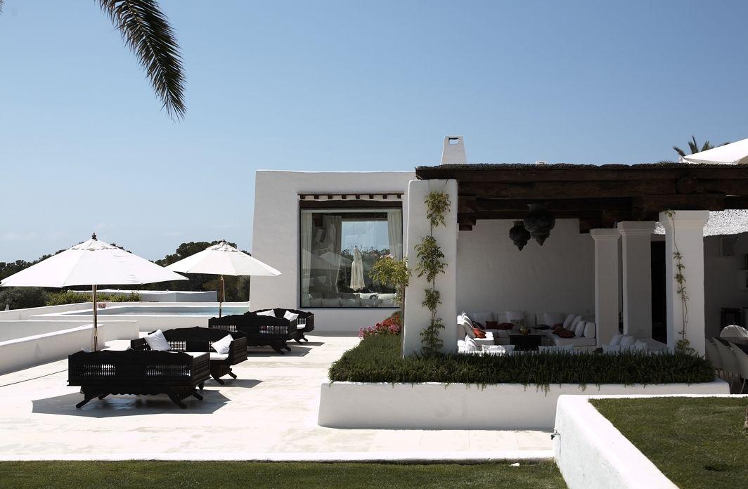 Pin de Tom Hagen en Ideas para el hogar   Villa design ...
