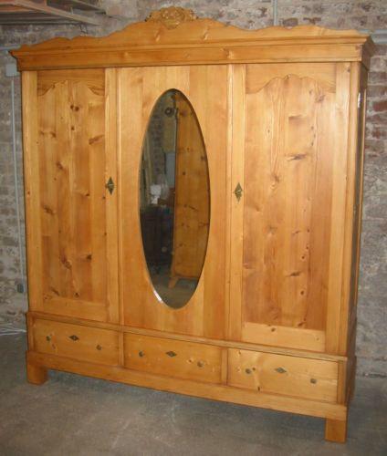 Kleiderschrank 20er Jahre Weichholz Ovaler Spiegel Schubladen 3tuerer Kleiderschrank Holz Spiegel Holz Holz