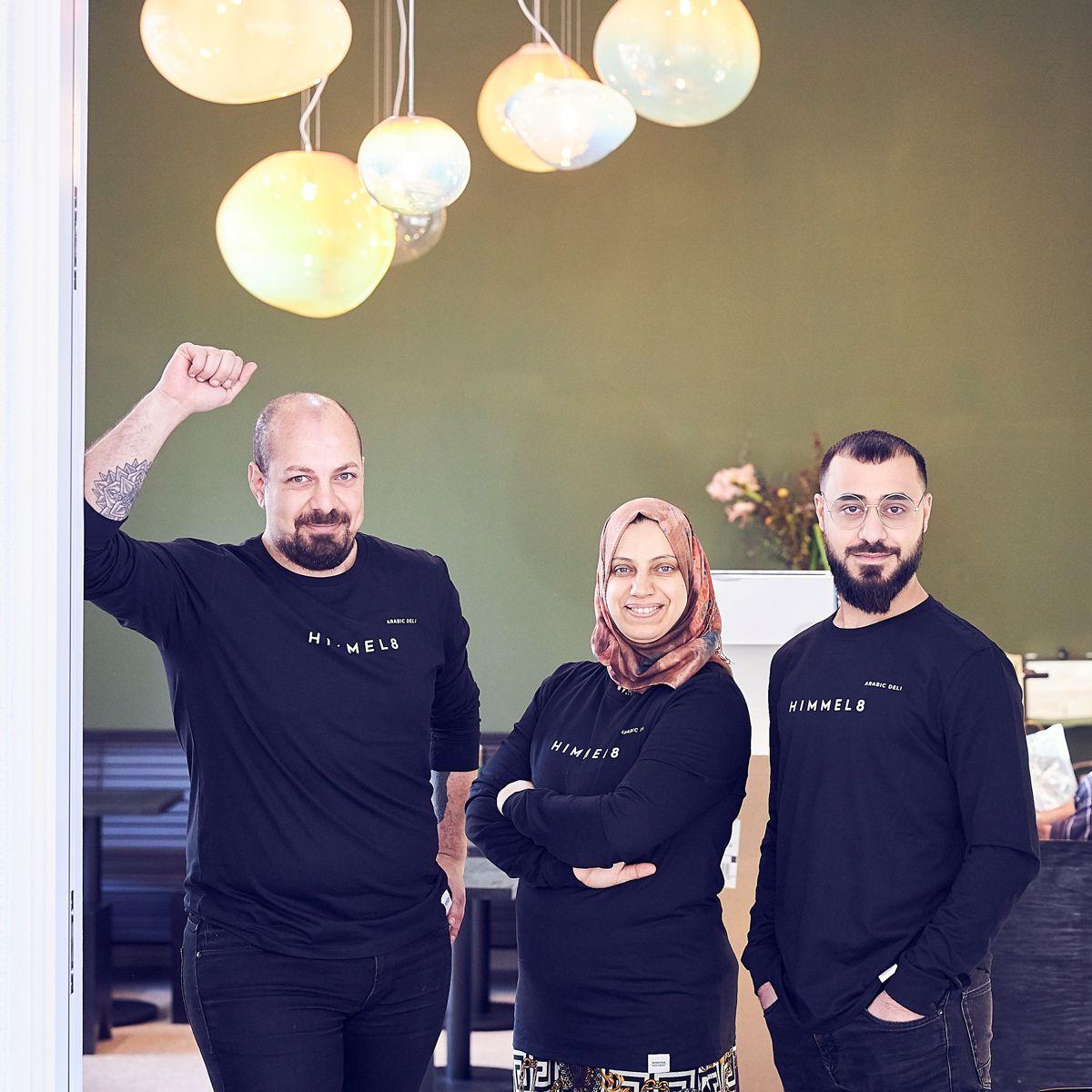 Himmel 8 Arabisches Deli In Kreuzberg Berlin Creme Guides In 2020 Berlin Burger Laden Berlin Essen