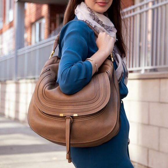 e3b9aae2676 Chloe MARCIE Large Hobo In NUT-----100% AUTHENTIC 100% Authentic: Chloe  Material: Pebbled leather Hardware: Brushed gold Measurements: 16