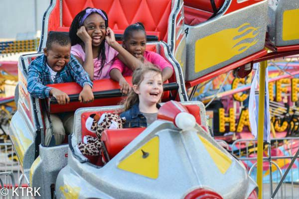 Love this picture of the Houston Rodeo and Carnival! Photo by Paula Hines.
