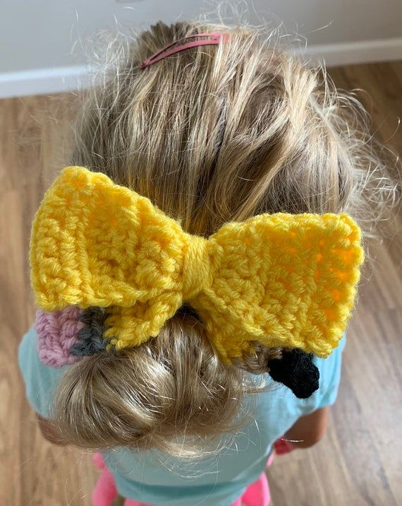 Crochet Pencil Bow, Pencil Bow, Crochet Bow, Back to School Accessory, Back to School Outfit, First #firstdayofschooloutfits