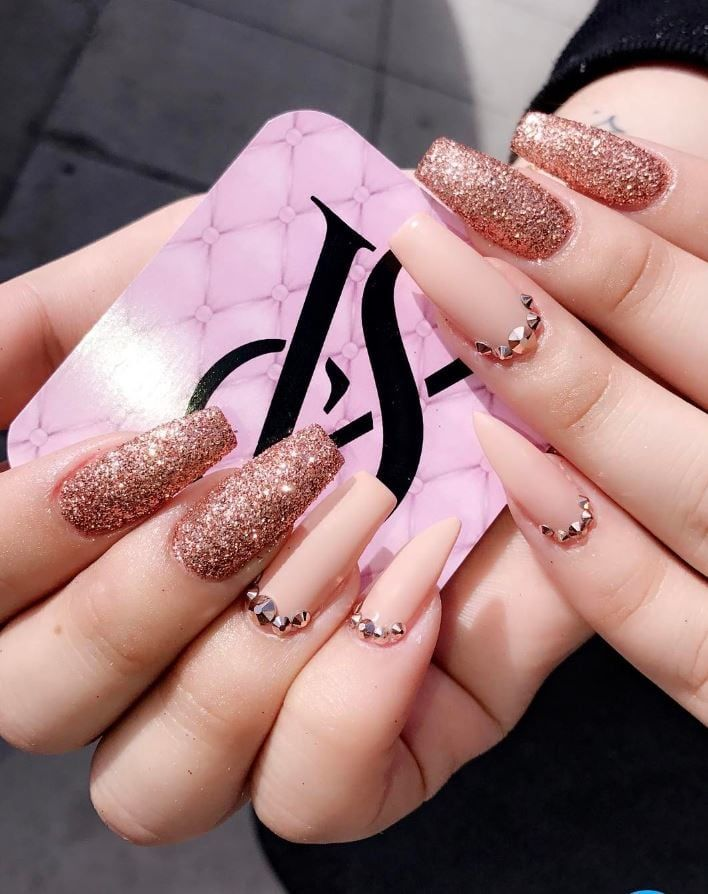 These Rose Gold Nails Are Anything But Basic | Gold nail, Rose and Gold