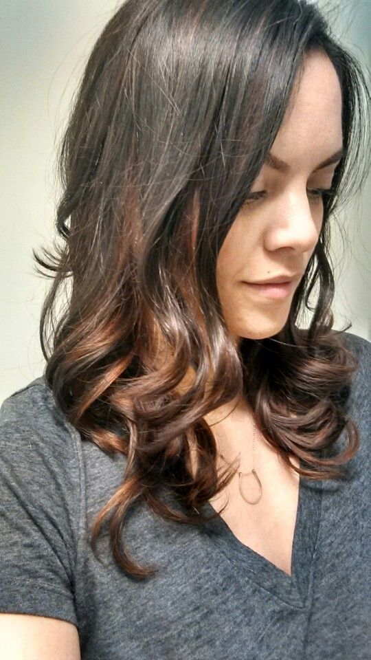 Wanted to go ombre, but in a more subtle way appropriate for work... Auburn caramel tones have me dreaming of summer!  Thanks Brandon @ Salon Evo in Commerce, MI!