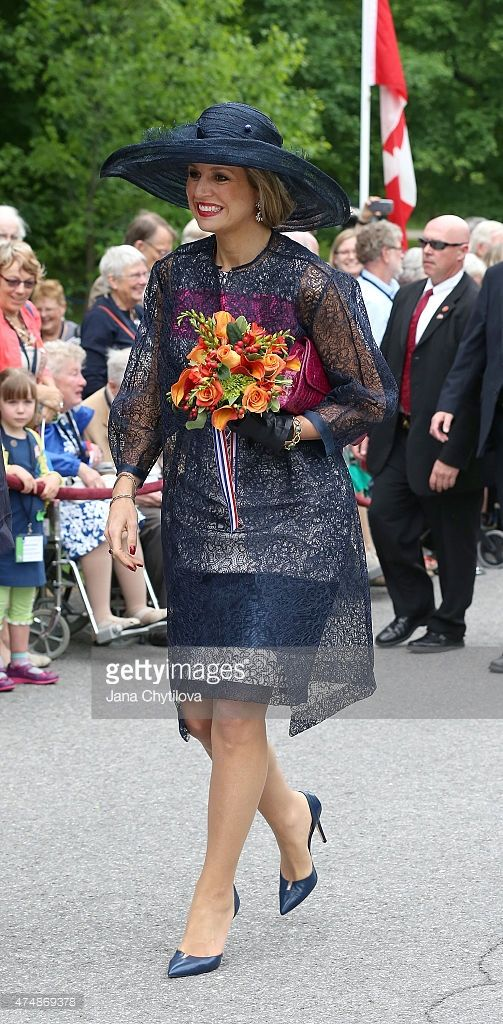 Queen Maxima of The Netherlands go on a walk about at Rideau ...