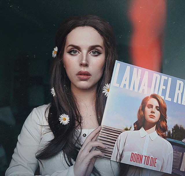 Jules Gudkova On Instagram Can We Please Talk About Goddess Of My Vinyl Collection Aka Lana Del Rey I Mean In 2020 Synthetic Wigs Wig Styles Me S Fashion