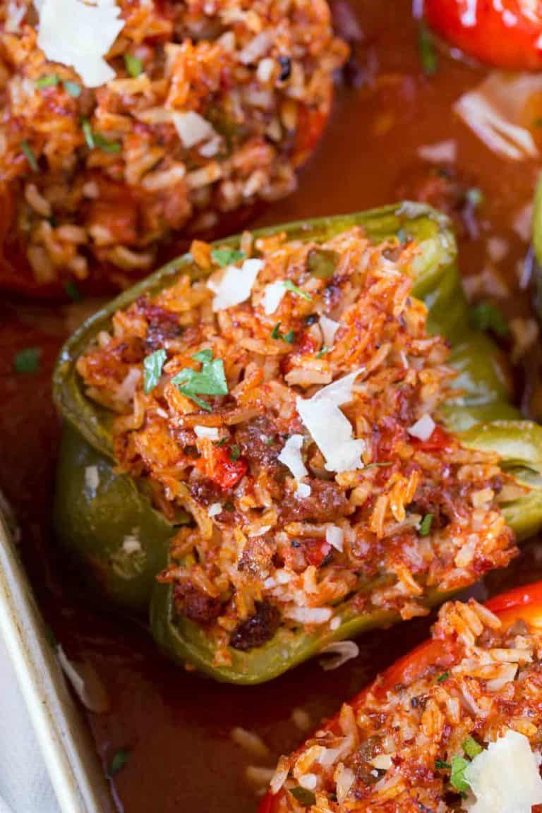 Stuffed Peppers With Beef Rice Tomato Sauce Onions And Garlic With Italian Seasoning An Stuffed Peppers Beef Casserole Recipes Ground Beef Casserole Recipes