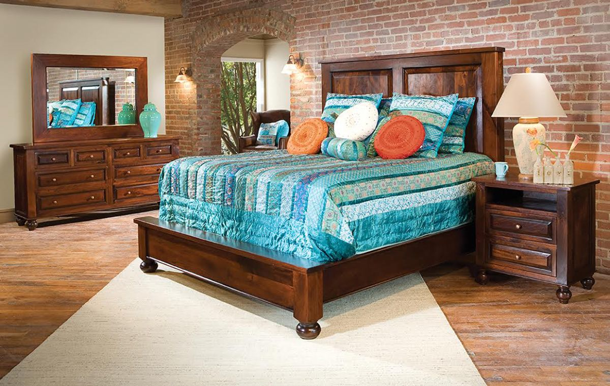 Home Trends Design Colonial Plantation Bedroom Collection