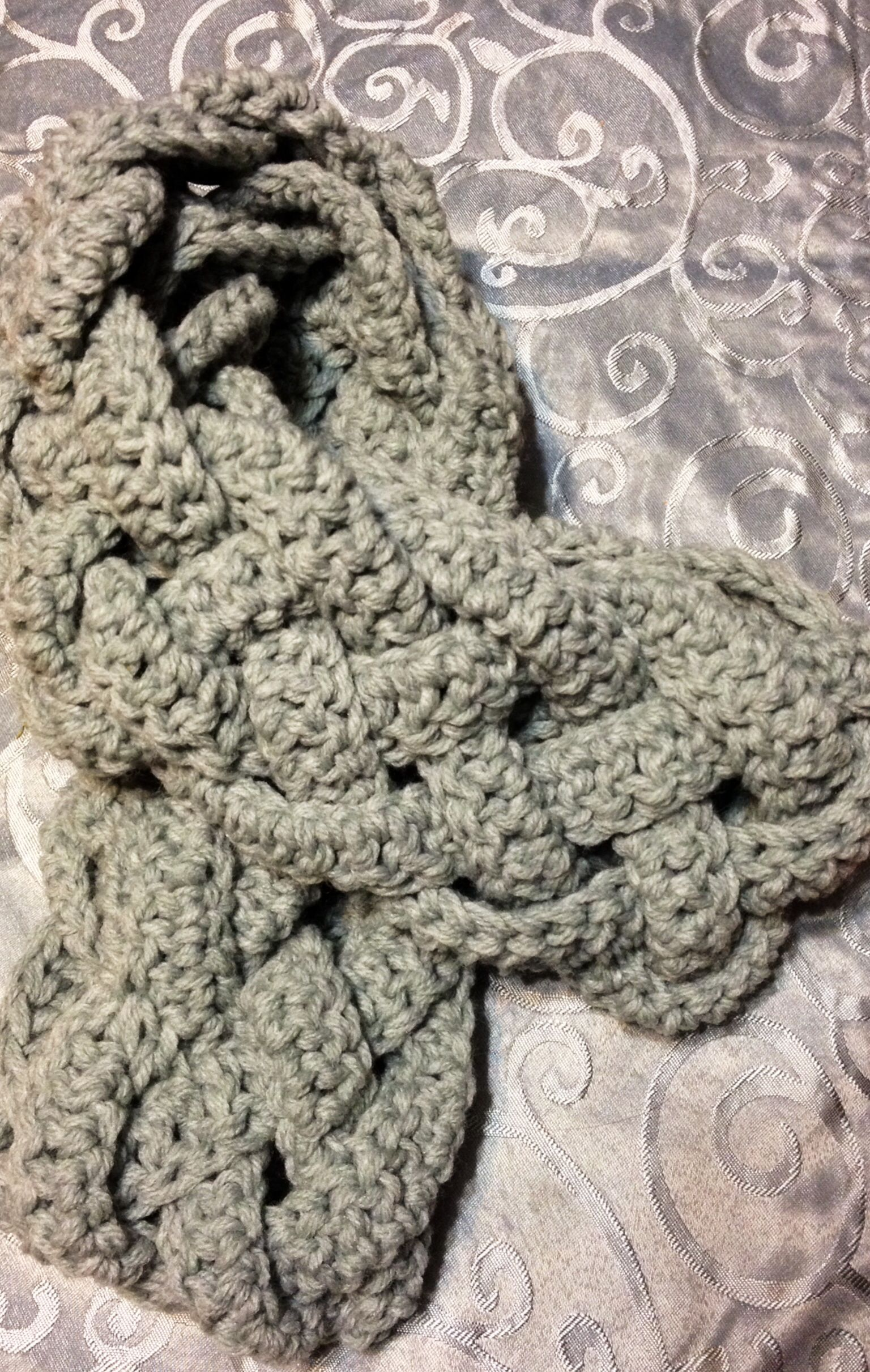 5 Strand Braid Crocheted Infinity Scarf Chain 200 Double Crochet In Each Stitch Across R Crochet Braid Styles Crochet Infinity Scarf Scarf Knitting Patterns