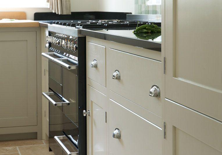 Superior Shaker Kitchens   DeVOL Kitchens   Handmade English Furniture