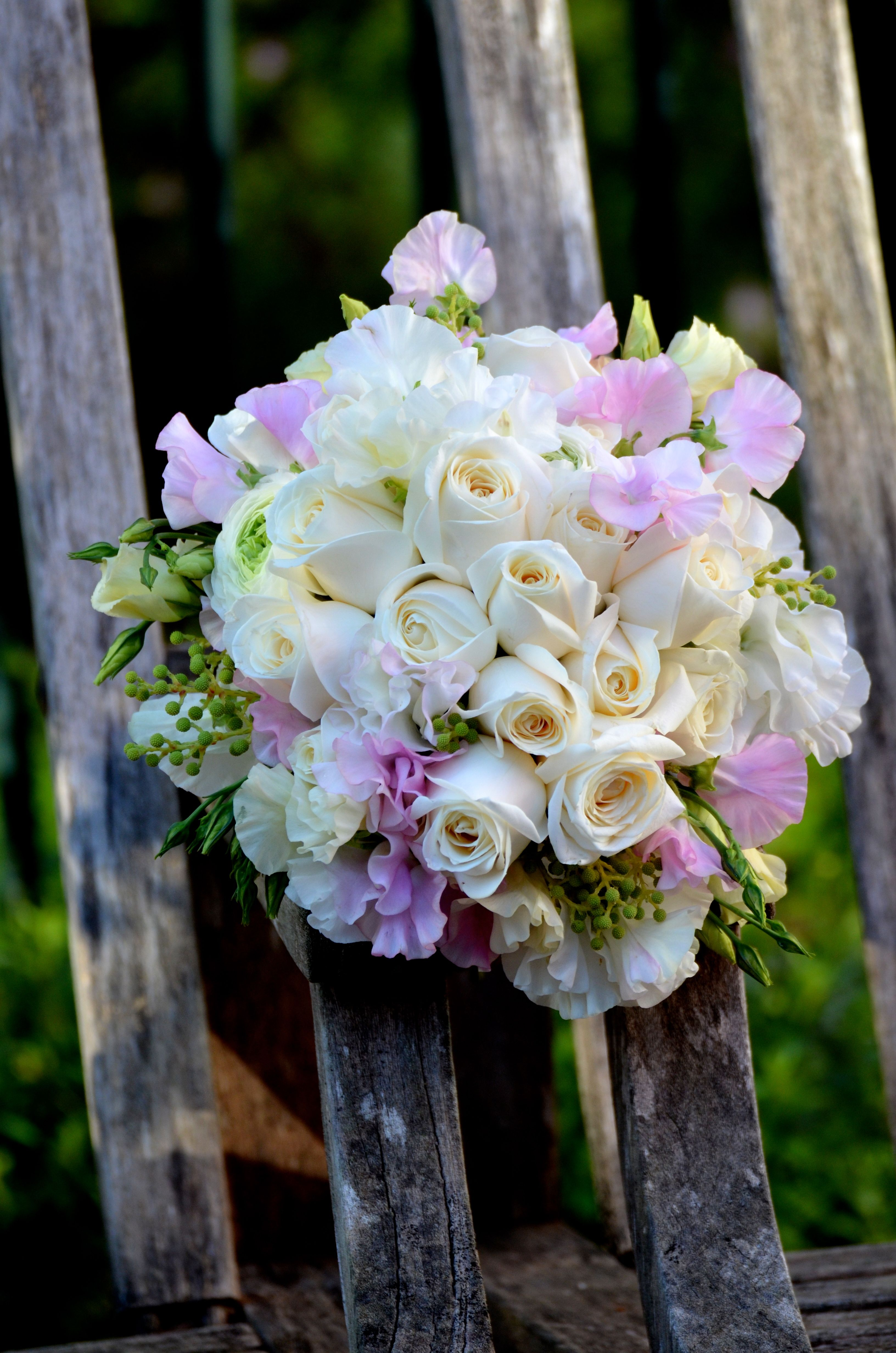 Roses And Sweet Peas Bouquet By Bouquet Chic Flowers Sweet Peas