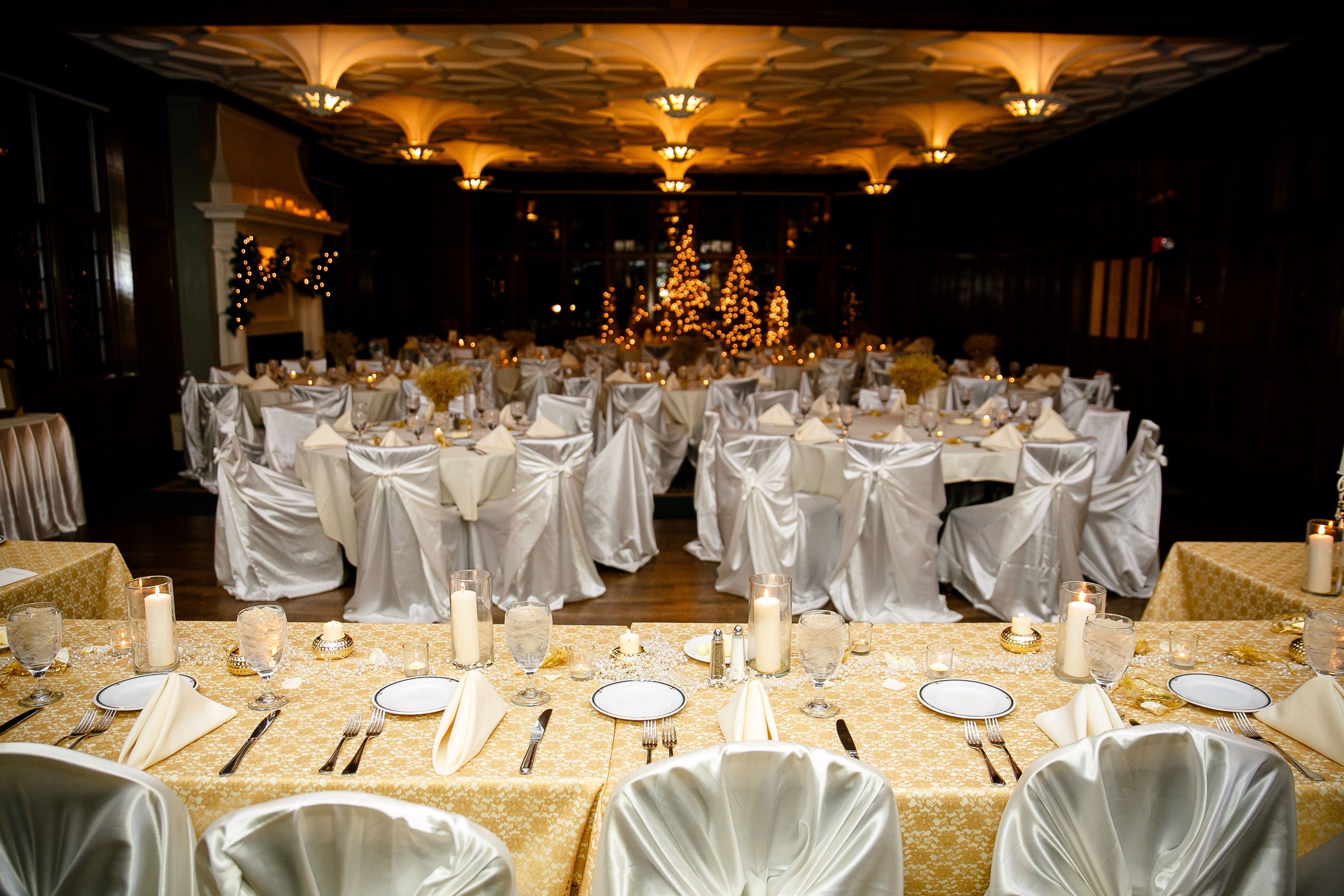University Club of St Paul Winter Wedding