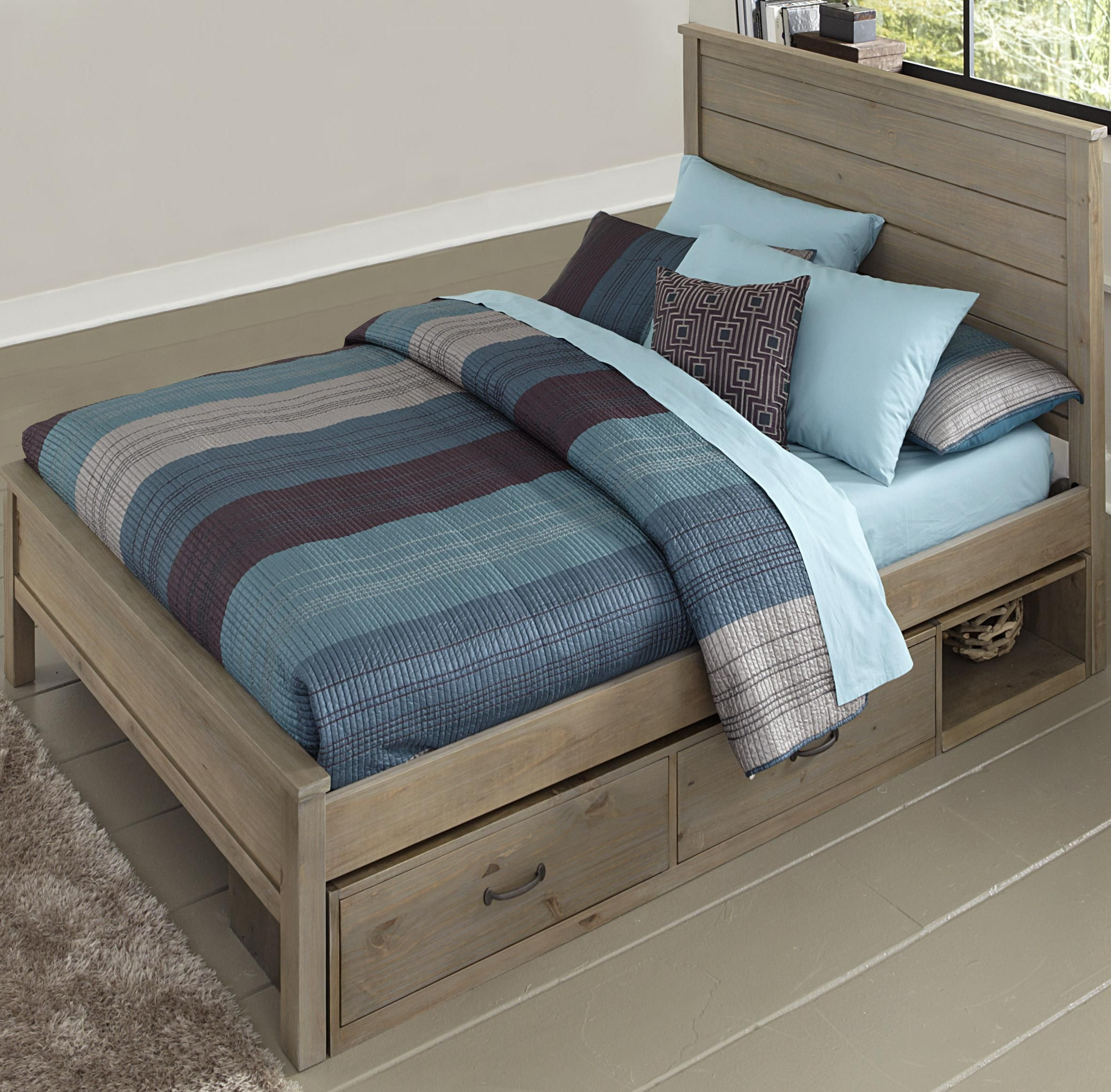 Highlands Full Alex Bed with Flat Panel Headboard and