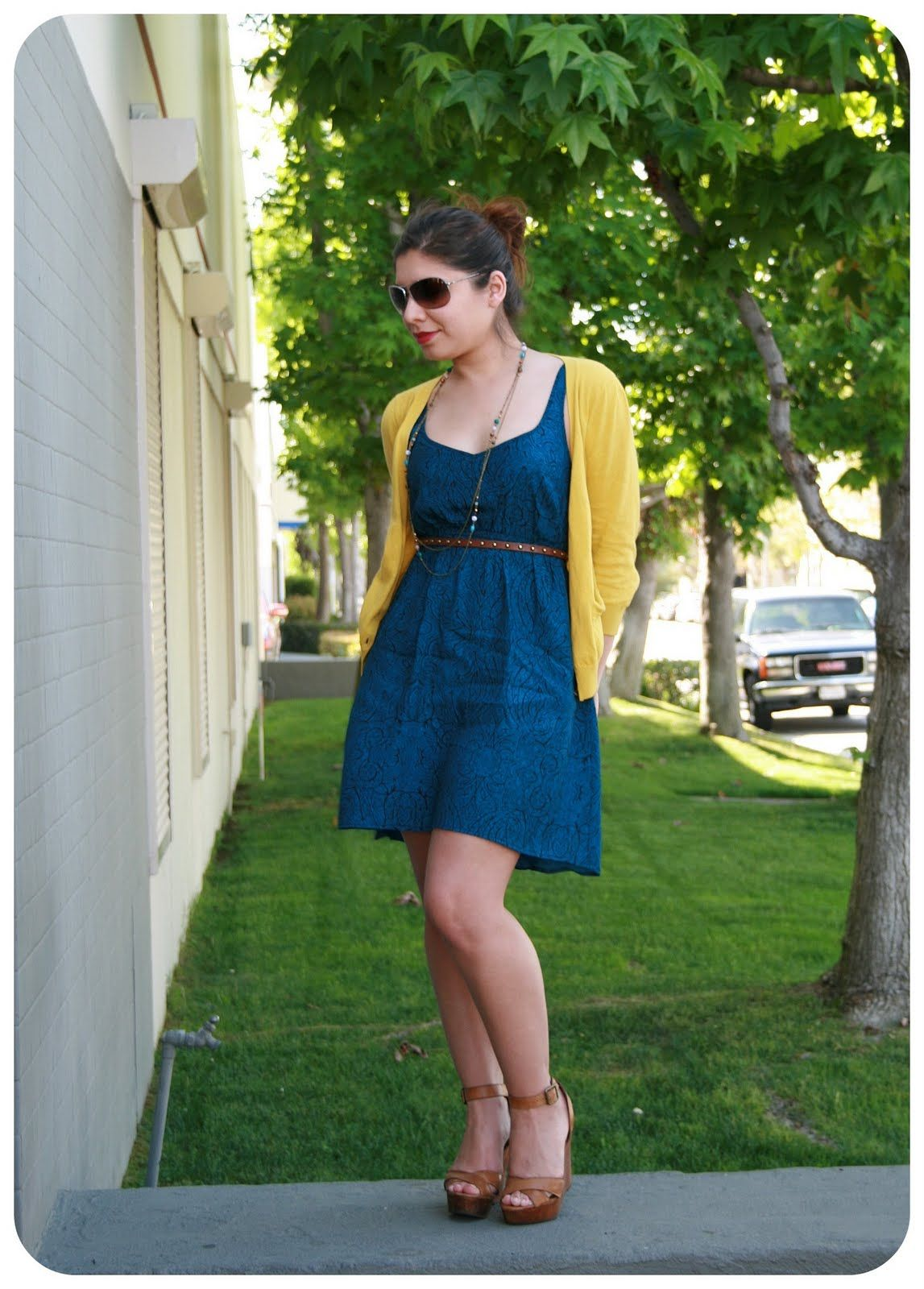 I really love the blue dress with yellow sweater look   fashion ...