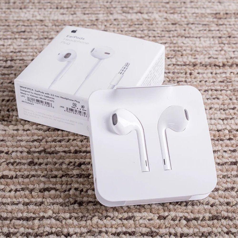 Original Apple Earpods With 3 5mm Plug Amp Lightning In Ear Earphone 75 00 شيكل مع شحن مجاني لأقرب مركز بريد في منطق Android Smartphone Earphone Earbuds