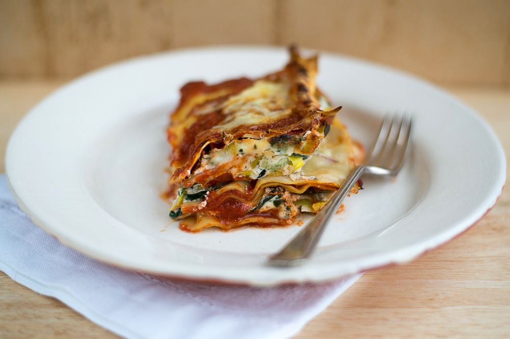 How To Layer The Perfect Lasagne Recipes To Cook Pinterest