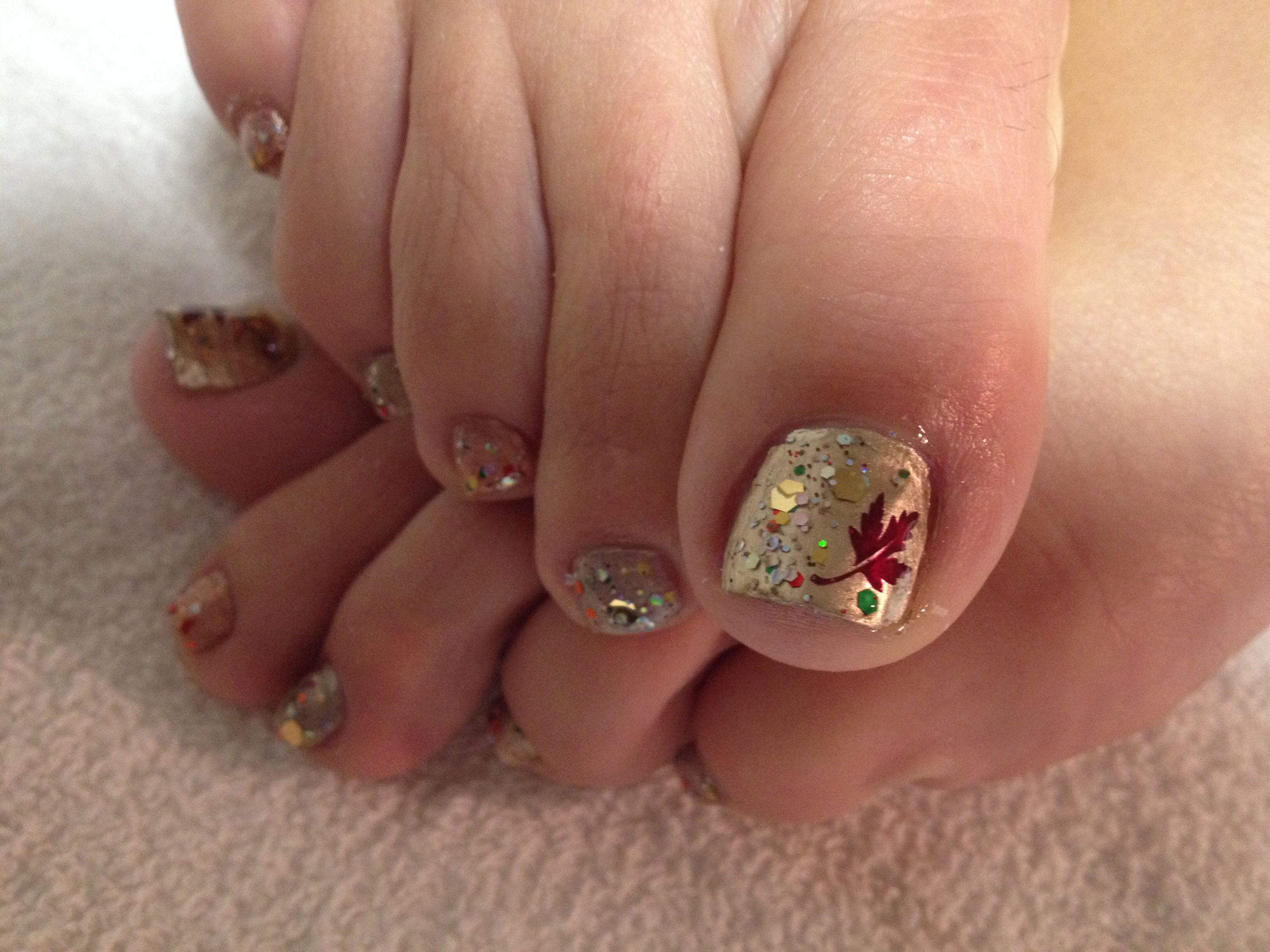 Blinged Out Fall Leaf Pedi Nail Art Nail Art Toe Nails