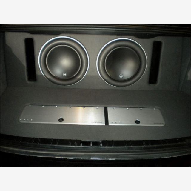BMW 7 Series With Jl Audio