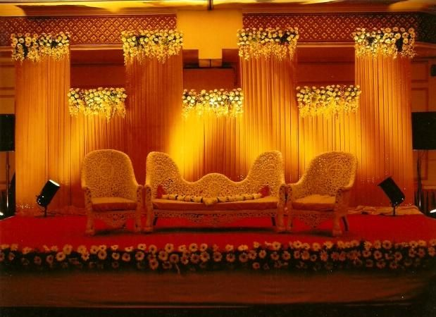 Bangalore stage decoration design 340 wedding stage flower bangalore stage decoration design 340 wedding stage flower decoration images marriage stage decoration with junglespirit Image collections