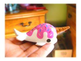 ok so this narwhal is so cute and it is such a clever idead to make the horn an icecream cone!