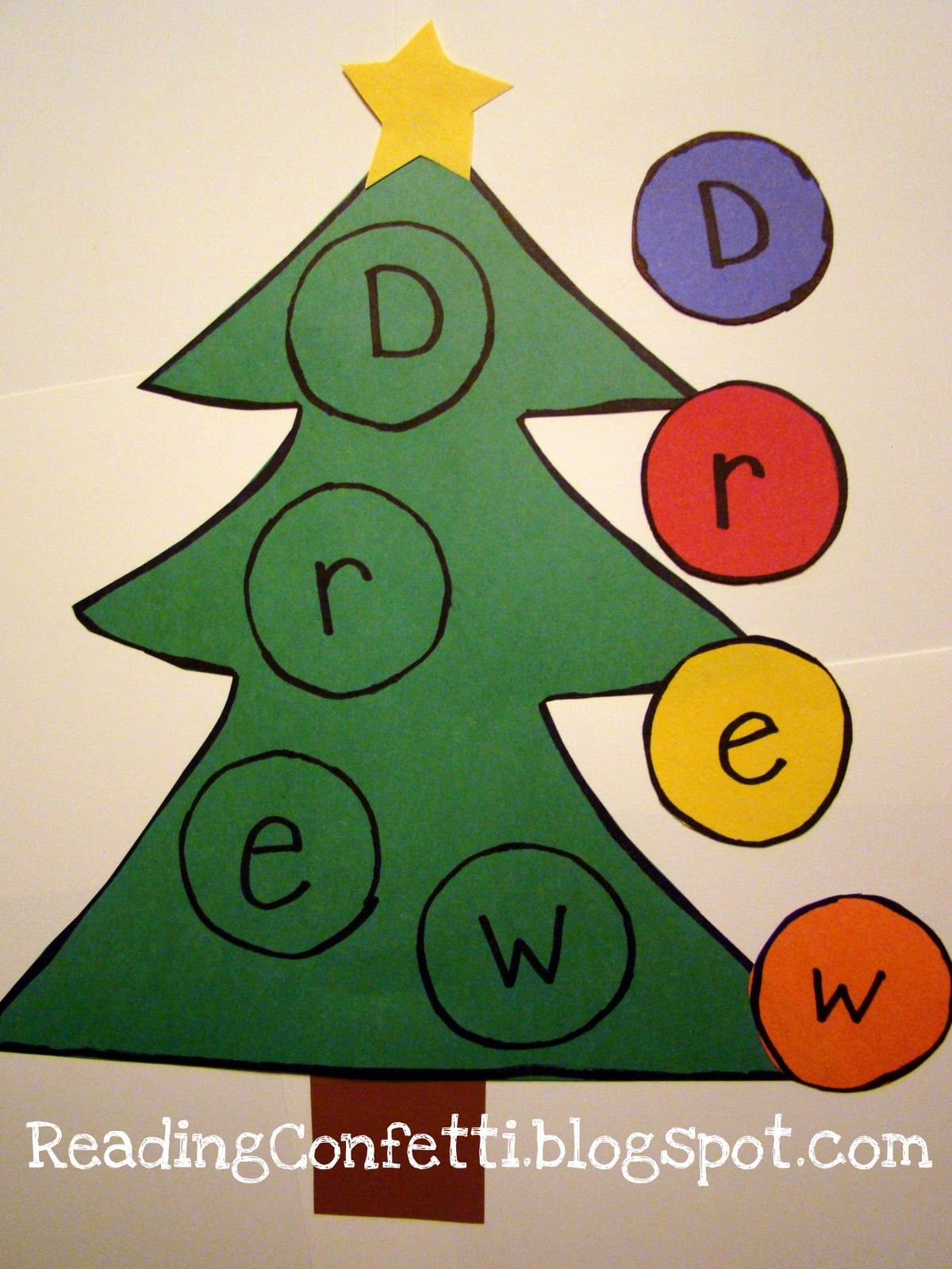 Reading Confetti Name Spelling With Tree And Ornaments