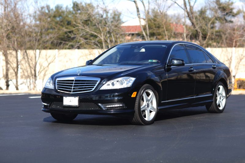 How Nice Is This Rent It For Your Next Weekend Out In Philadelphia Mercedes Benz S550 Luxury Sedan Mercedes S550