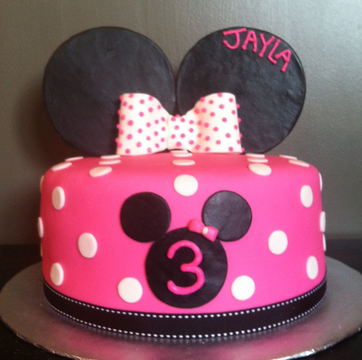 Minnie Mouse Polka Dot Cake Miette Cakery Pinterest Mouse cake