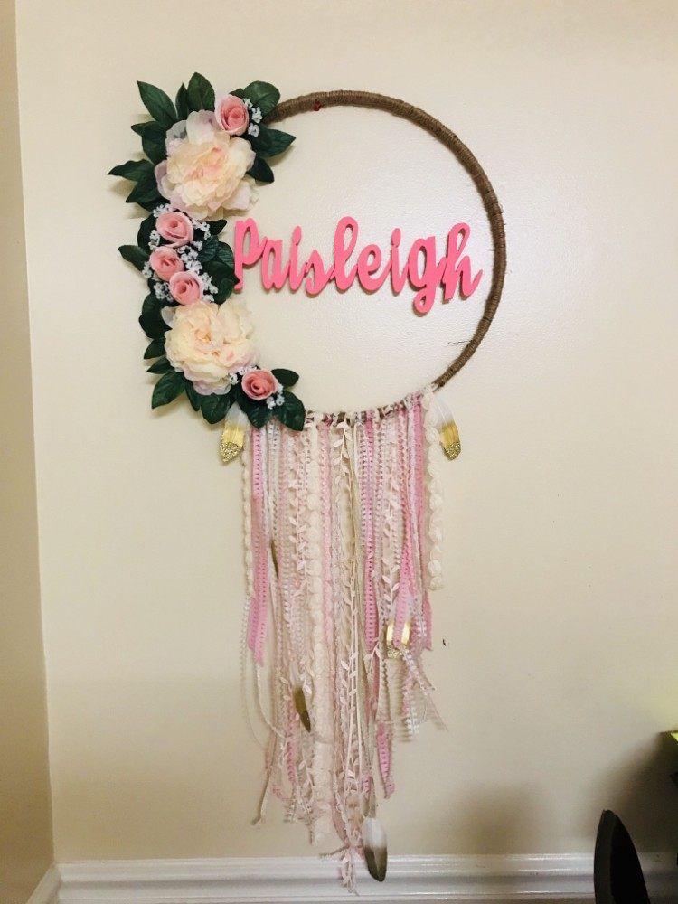 cerceau hula hoop transform en une jolie couronne de fleurs id es diy attrape r ve. Black Bedroom Furniture Sets. Home Design Ideas