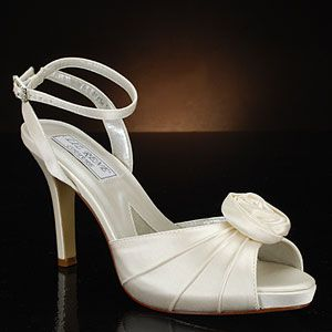 Rose By Liz Rene A Very Comfortable Wedding Shoe At Myglslipper 104 00