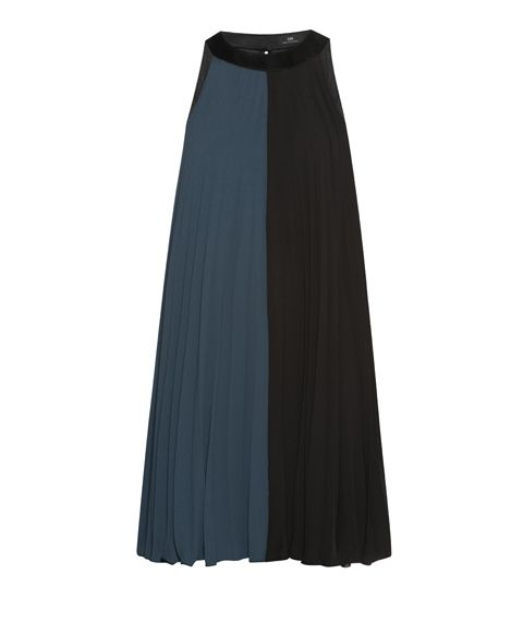 Love in just a skirt. | CUE - Trapeze Pleat Dress http://www.cue.cc/
