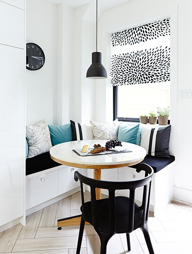 15 Reasons Your Kitchen Needs A Banquette #traditionalkitchen