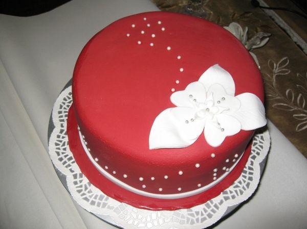 Elegant Red Fondant Cake For Woman Birthday Cake For Women