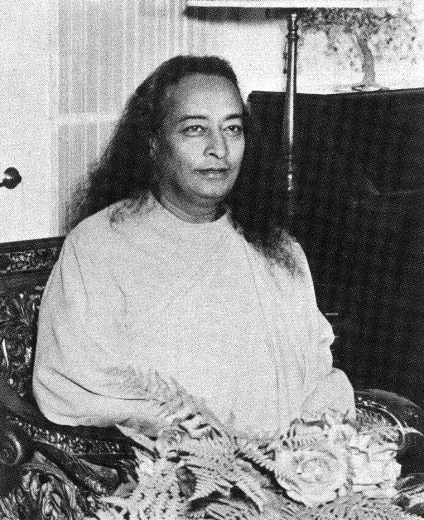 Yogananda Quotes: Picture: Paramahansa Yogananda @ Encinitas (July, 1950