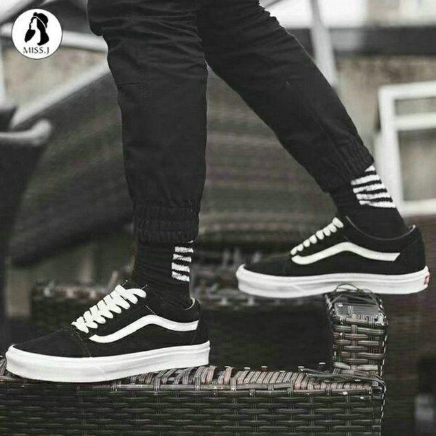Vans Classic Old Skool Black White VN0A38G1QSJ Skate Shoe