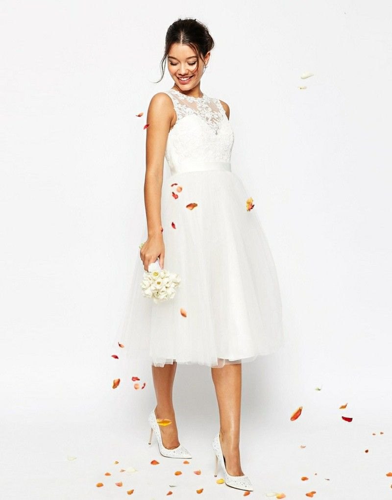 Amazing ASOS wedding dress for the registry office