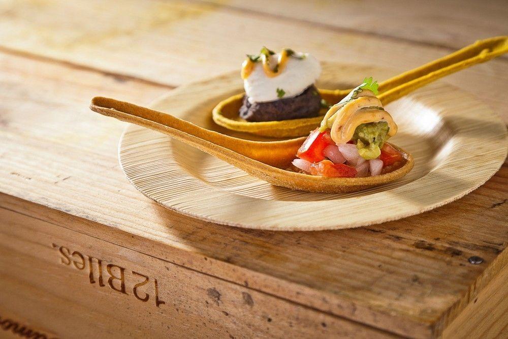 Las Cucharas Comestibles Son Una Forma Divertida De Presentar Comida Son Faciles De Hacer Y Ademas Saben Delicio Recetas De Comida Comida Recetas Para Cocinar