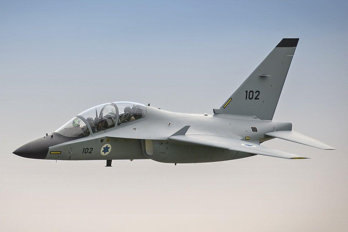 Alenia Aermacchi M-346 Master CPX622   X-AJT Advanced Jet Tr…   Flickr