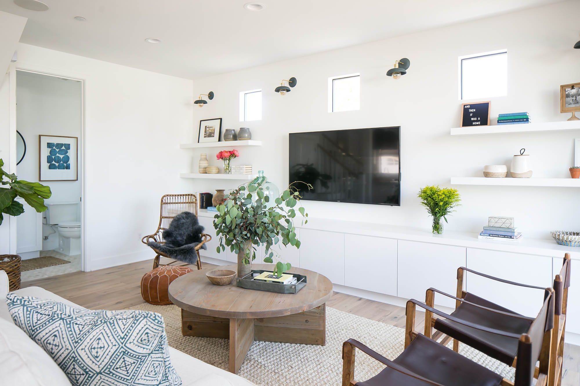 A Beautifully Staged Home In Eastside Costa Mesa, CA | Rue · Room Interior  DesignLiving ...