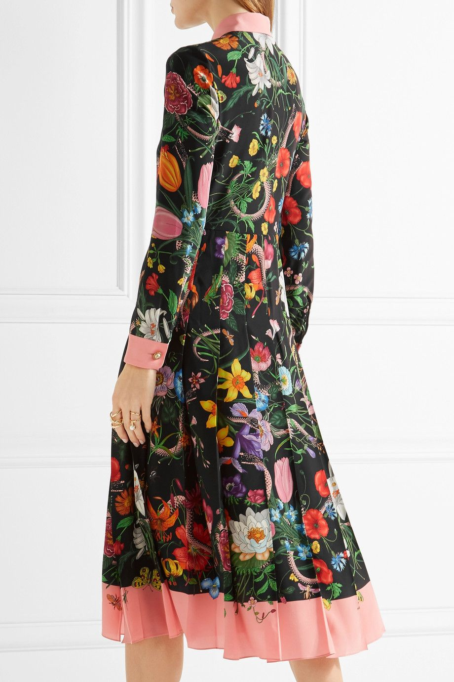 bbc8fa345 Gucci | Pleated printed silk crepe de chine dress | NET-A-PORTER.COM