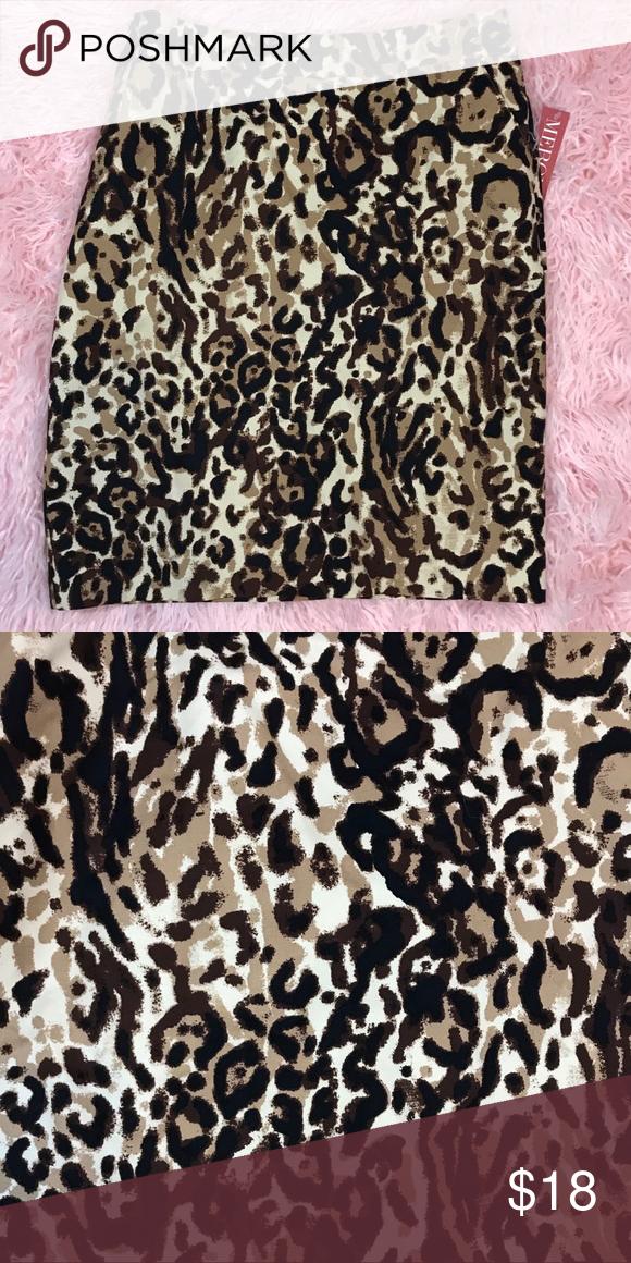 b0ce3ed380 Merona NWT Animal Print Skirt Merona NWT Animal Print Skirt Shell 97%  cotton / 3% spandex Lining 100% polyester Merona Skirts