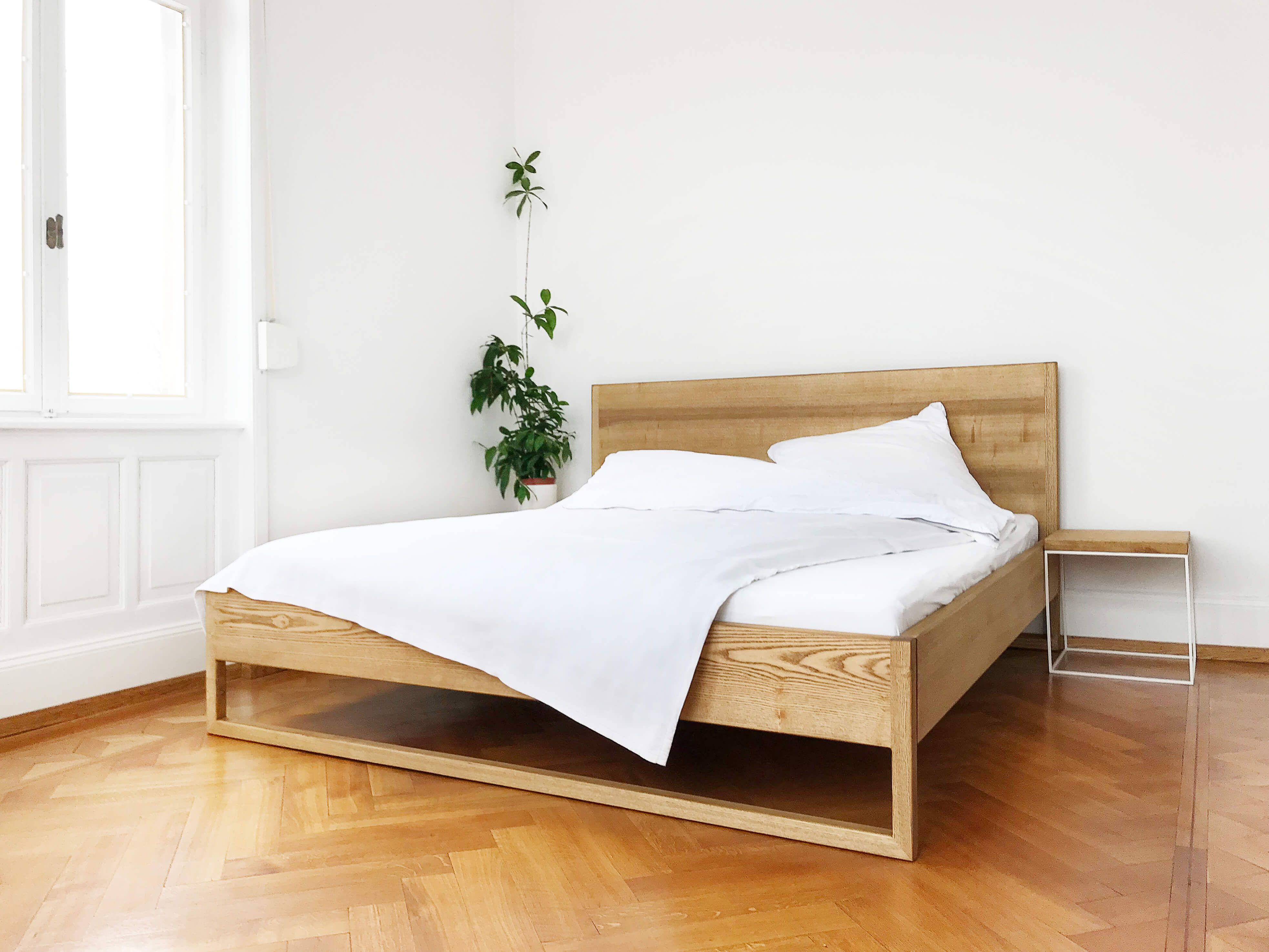 Pure Ash Bed Massivholzbett Aus Esche N51e12 Design Manufacture Massivholzbett Bett Holz Designer Bett