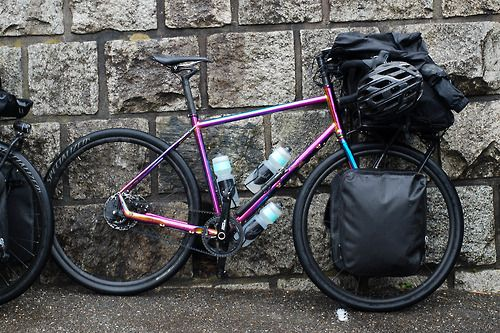 Es Setup With Two Light Panniers In The Front And A Stuff Sac On Porteur