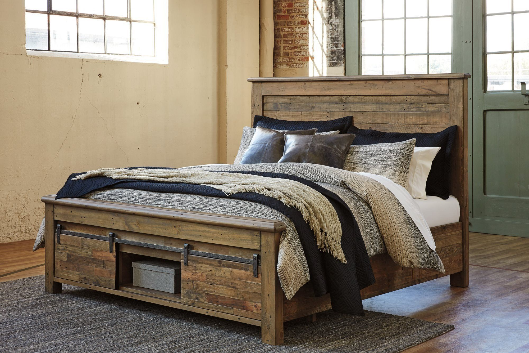 Ashley Sommerford Queen Panel Bed in Brown *** Check out